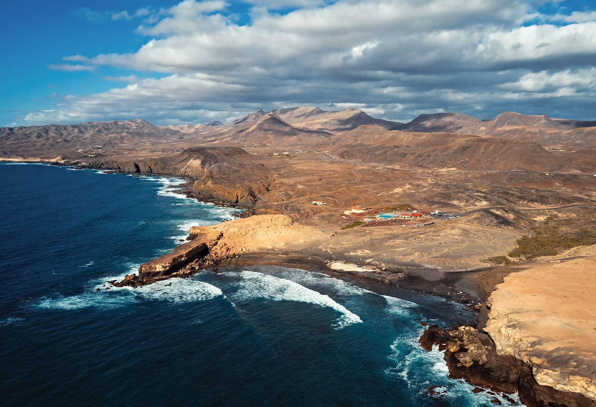 Vista mozzafiato sulle Isole Canarie fuori stagione.