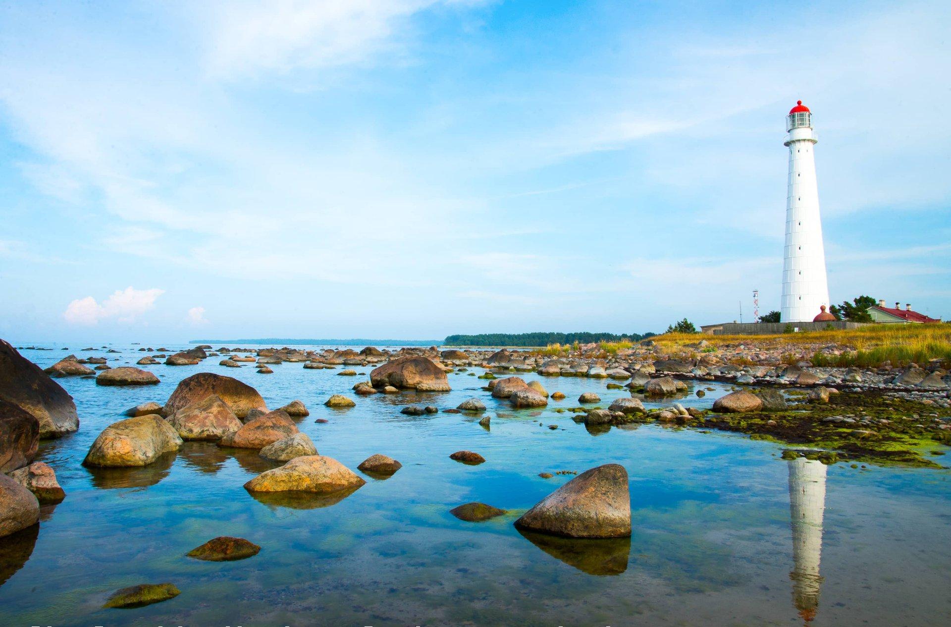 Faro sull'isola di Hiiumaa, Estonia.