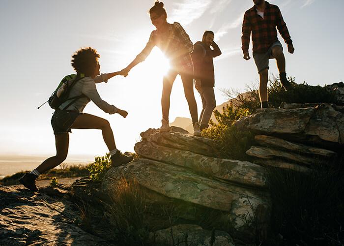 Viaggiare da soli: 7 consigli per fare amicizia in viaggio
