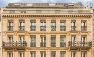 Pacchetti vacanze per Parigi da 609 € - Cerca Volo+Hotel su KAYAK